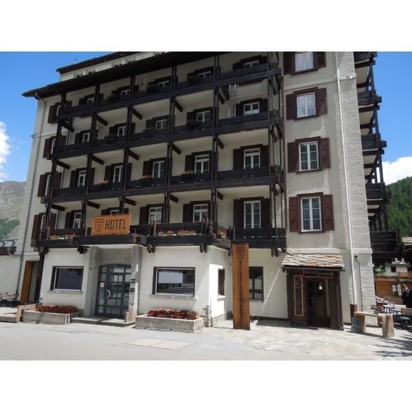 Hotel DOM in Saas Fee